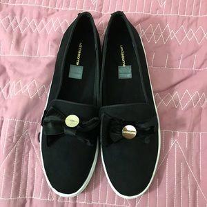 Liz Claiborne black bow slip-on shoes